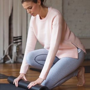 Lululemon Yogi Crew Sweater *Hearts